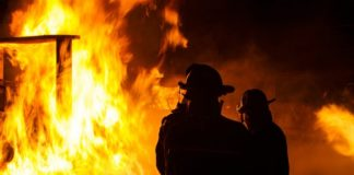 22year-old-woman-saves-7year-old-boy-from-burning-house