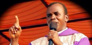 rev-fr-ejike-mbaka