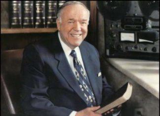 Papa Kenneth E. Hagin
