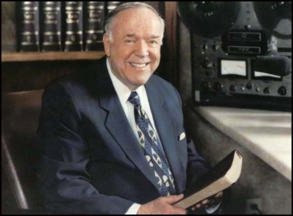 Papa Kenneth E. Hagin