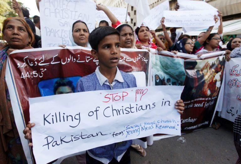 Pakistani Christian Teen Killed As Mobs Attack Christian Neighborhood