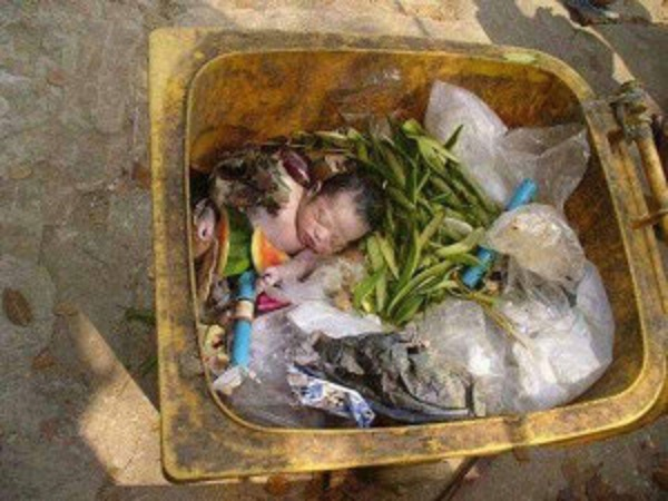 NewBorn Baby Girl Found Alive In Trash Can