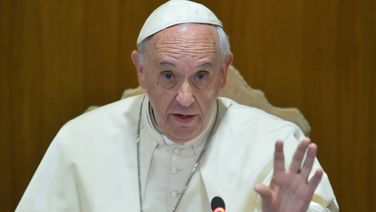 Don't Allow Gay People Into Seminaries, Pope Warns
