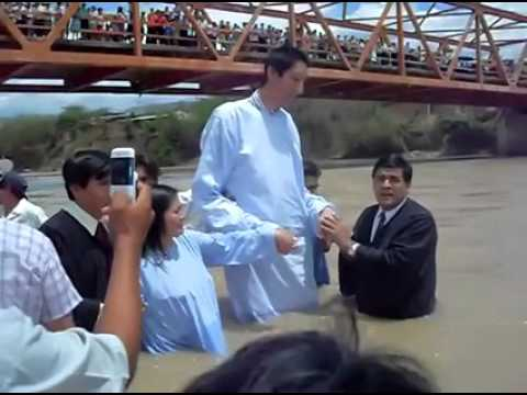 World Tallest Man Gets Baptized (Video) | Believers Portal