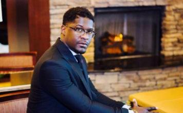 Shawn Jones Died While Singing 'Worthy Is He'