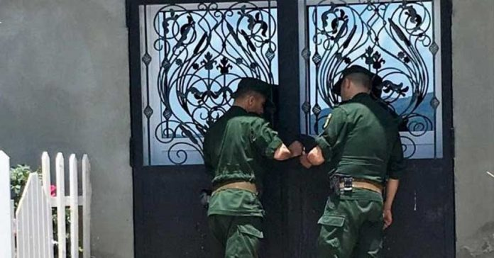 Algerian-Govt.-Shuts-Down-Churches