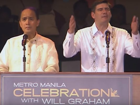 Over 19,000 Saved As Billy Graham's Grandson, Will, Preaches at Historic Gathering In Manila