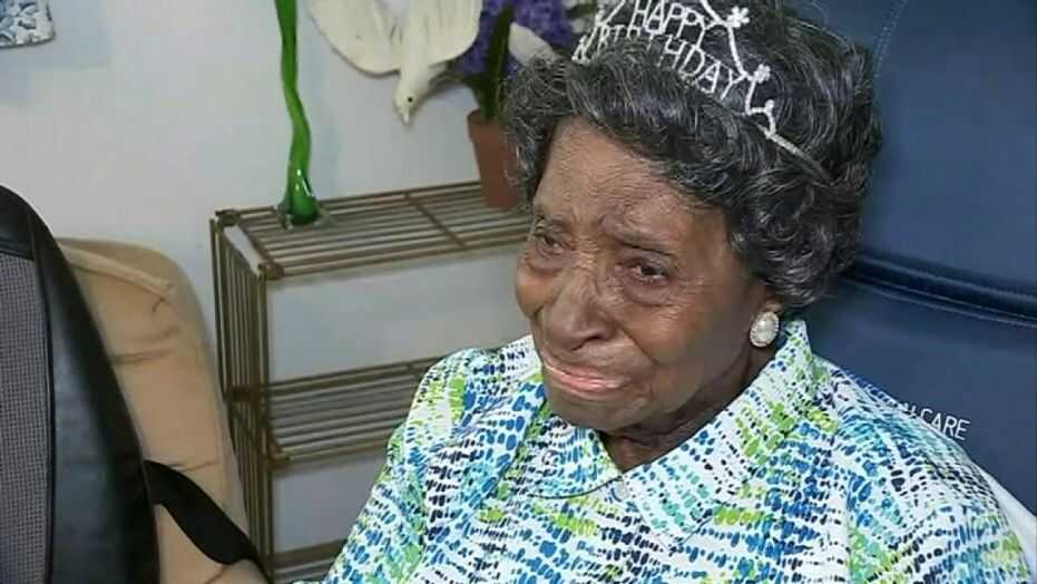 Elizabeth Francis - 110-Year-Old Grandmother