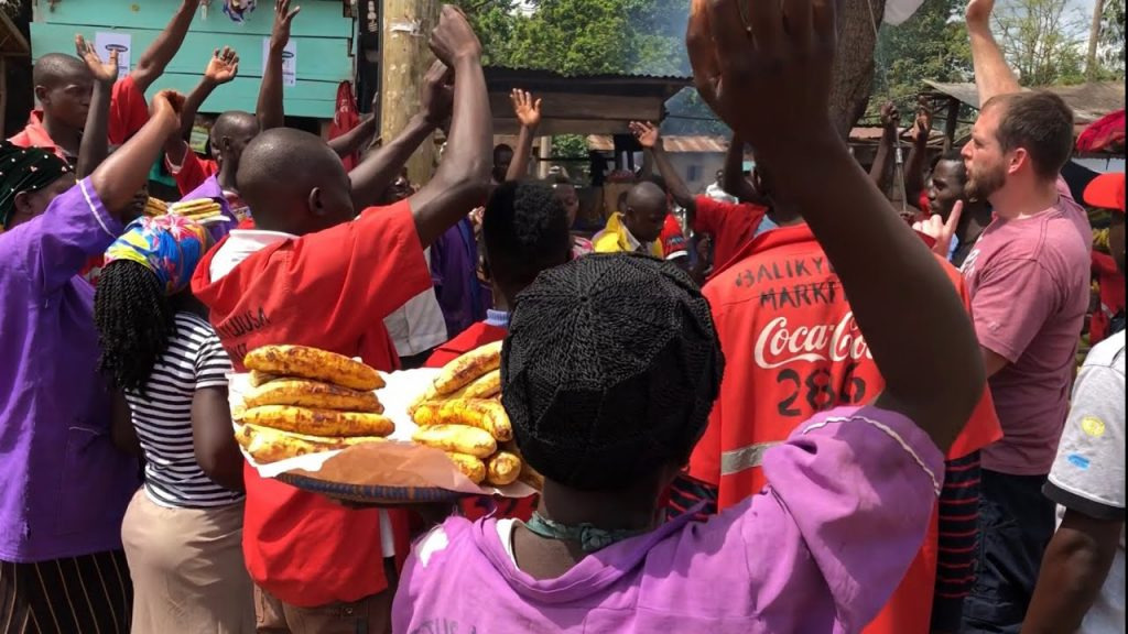 Many muslims others follow Jesus at a roadside market in Uganda