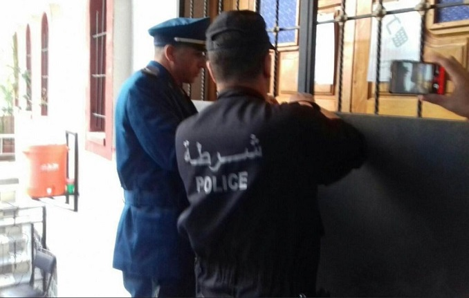 Algerian Authorities Shut Down Country's Largest Churches, Forcefully Remove Pastors (Video)