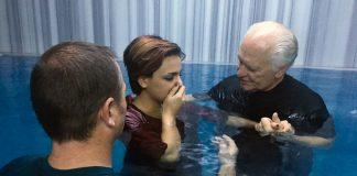 Pastors Karl Vickery and Rick Robinson baptize Iranian refugee Sabah Allahvardi, 22, in a Turkish bathhouse in Denizli.