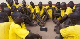 Ugandan Prisoners Joyfully Embracing Audio Bibles