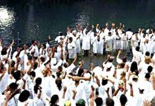 94 Former Muslims Baptised In Arabian Sea With Intense Shouting and Cries Of Joy (Photos)