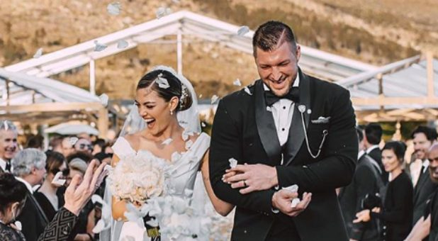 Tim Tebow Marries Former Miss Universe In South Africa (Photos)
