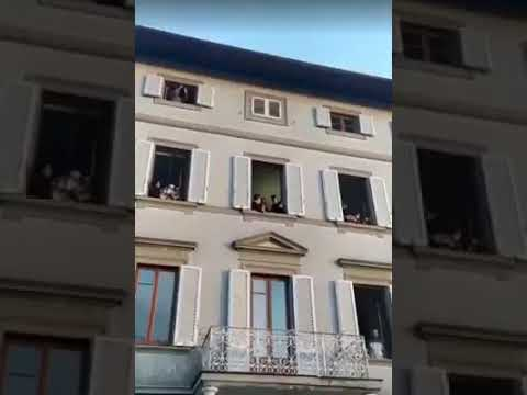 """COVID-19: Italians Praise God From Their Windows, Sing """"How Great Is Our God"""" (Video)"""