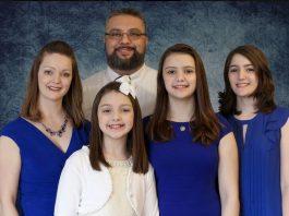 Missionary Danny Jones, His Wife Rachel And 3 Children