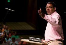 Pastor Kenny Baldwin
