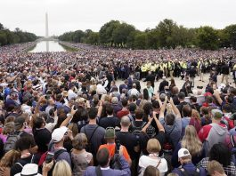 Americans intercede in prayer in nation's capital